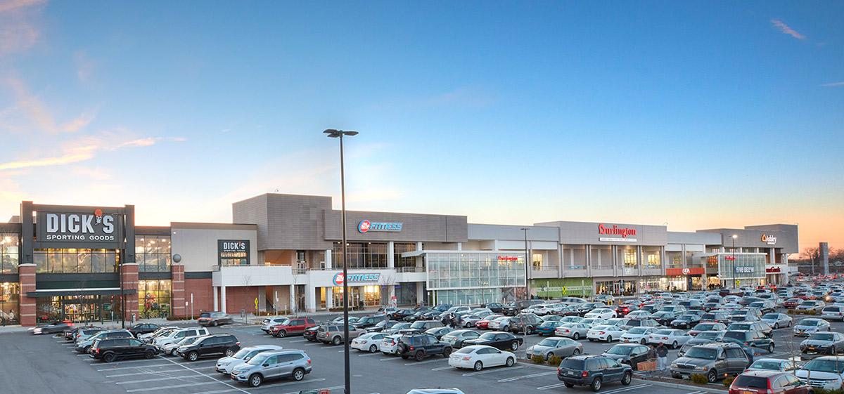 Macerich Properties Green Acres Mall