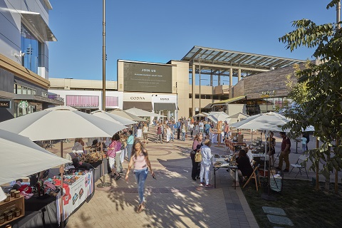 Craft Fair in the Event Plaza.