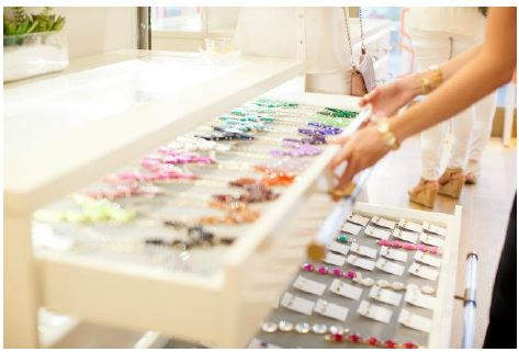 Kendra Scott color bar jewelry to customize