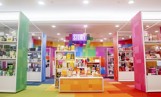 Photo of the STORY department at Macy's featuring merchandise featured by color story.