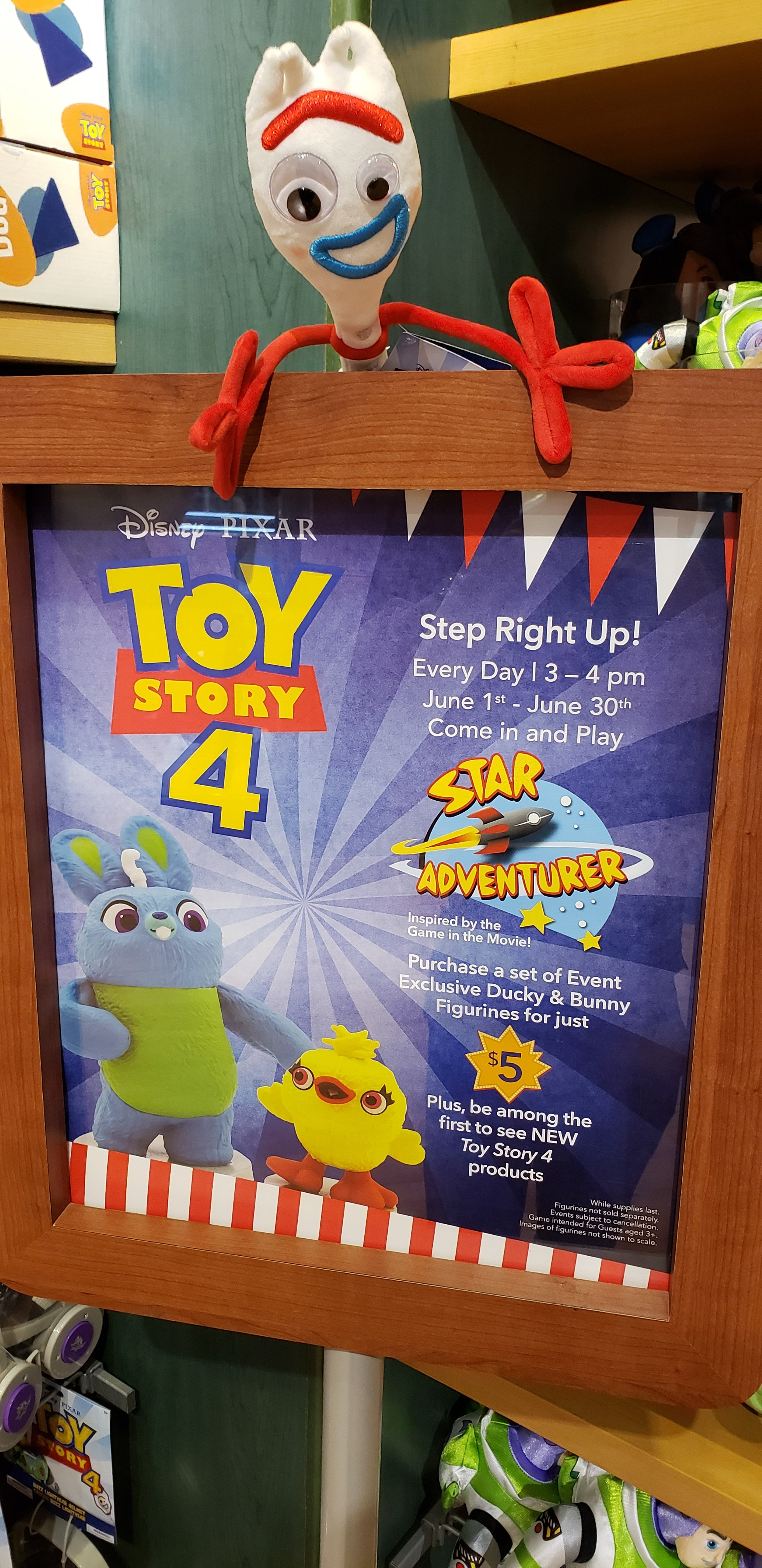 Disney posted of Toy story 4 with two animations.