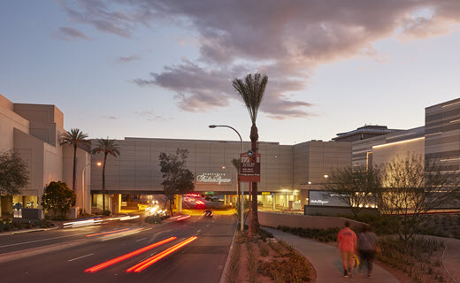 Goldwater Boulevard at night