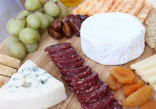 meat, fruit and cheese platter