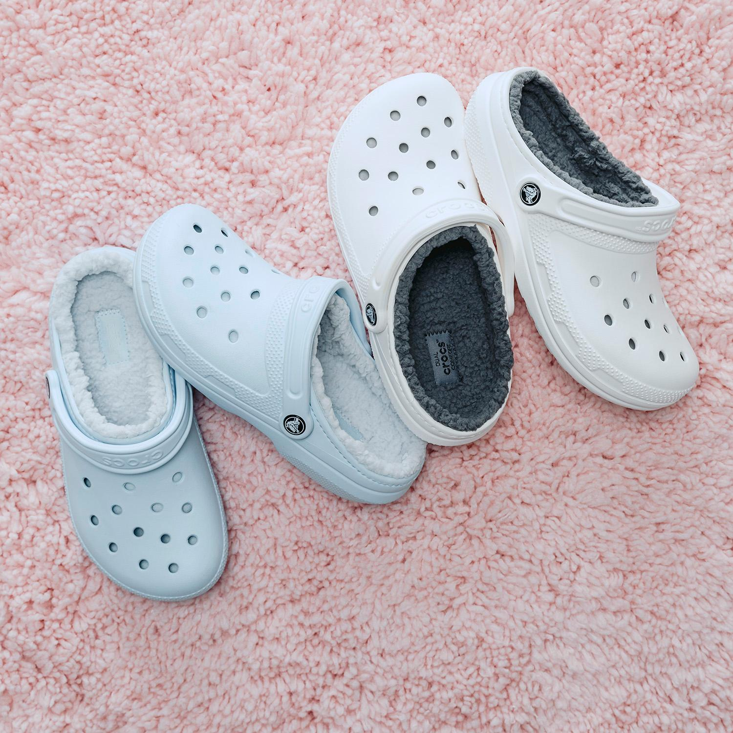 Two pair of lined crocks shown, one light blue the other white.