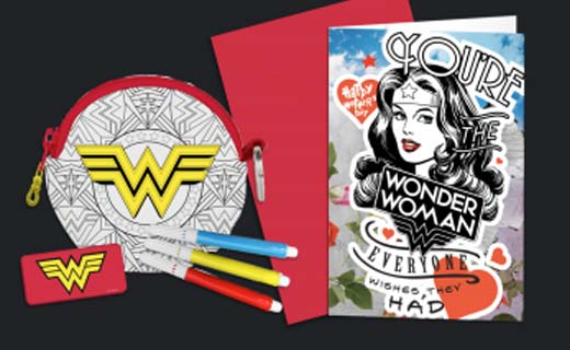 Wonder Woman card and coin pouch and markers