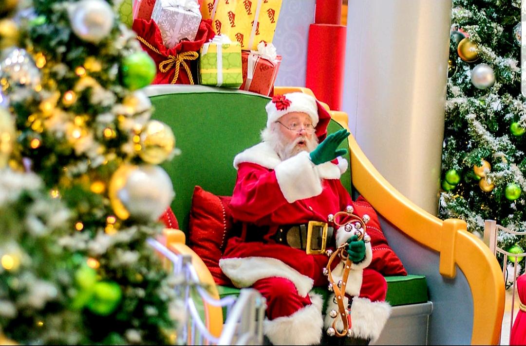 Santa at Santa HQ set.