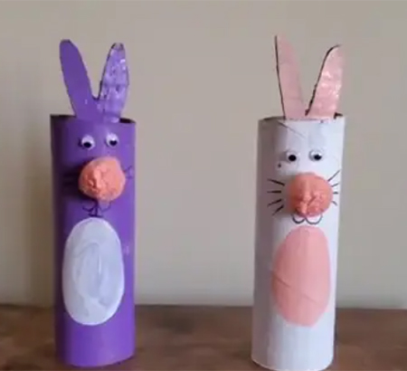 Example of the toilet paper roll bunnies craft.