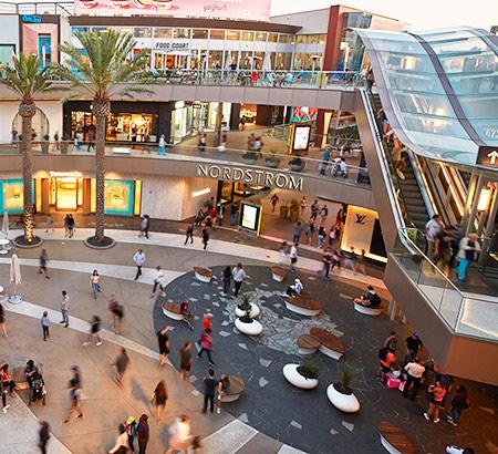 Santa Monica Place's center court