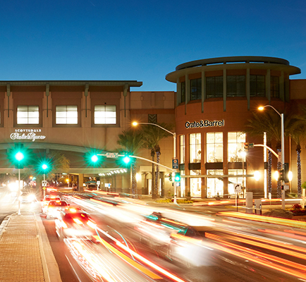 Scottsdale Fashion Square's exterior at night