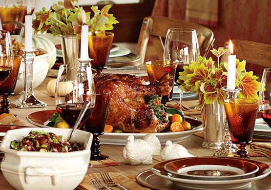 Image of a thanksgiving table setting